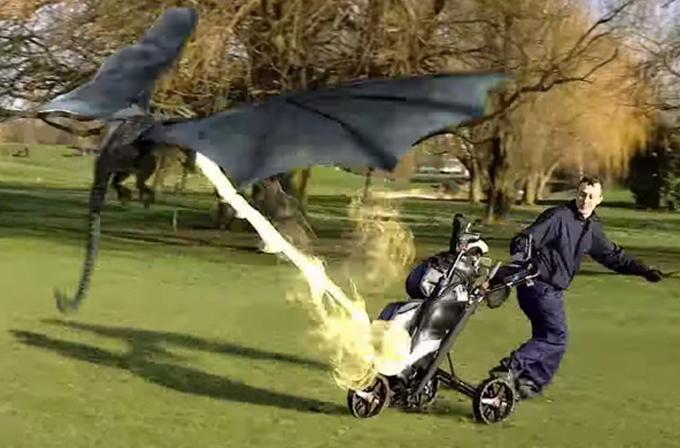 Video: Golf oynayan adamı Game of Thrones ejderhası kovaladı!