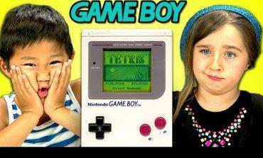 Çocuklarların Nintendo Game Boy ile tanışması (VİDEO)