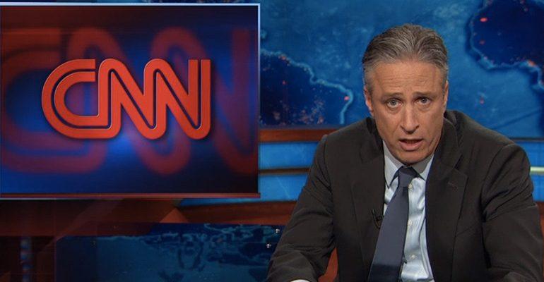 Video: Jon Stewart'tan CNN'i satın almak için Kickstarter kampanyası