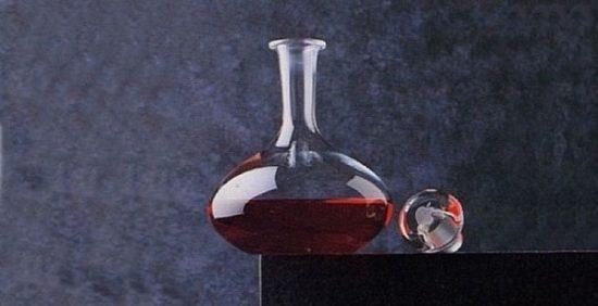 Apple Şarap Sürahisi - iDecanter