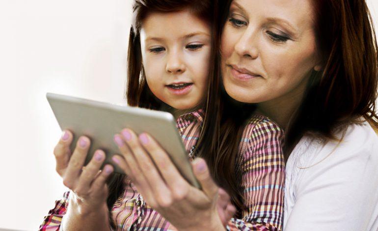 "Turkcell'den anne-babaya mobil destek: ""Çocuğum ve Ben"""