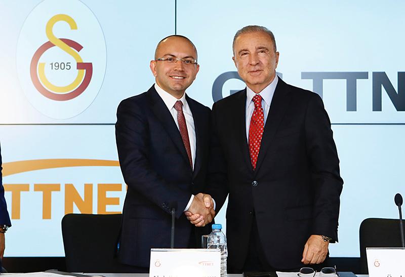 TTNET-Genel-Müdürü-Abdullah-Orkun-Kaya_Galatasaray-Spor-Kulübü-Başkanı-Ünal-Aysal(2)