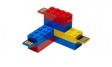 Sonunda Lego'dan flash disk de oldu