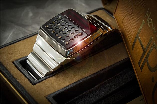 """HP'nin """"Hesap makinesi saat"""" prototipi eBay'de satışa çıktı"""
