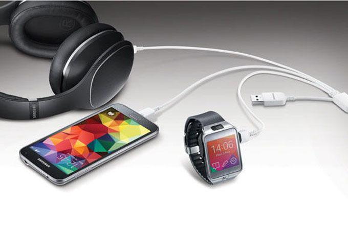 Samsung'dan üçlü USB kablosu