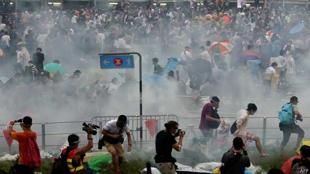 140928160941_hongkong_occupy_624x351_afp