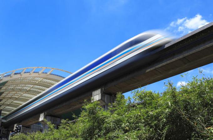 Japonya'da saatte 500km hız yapabilen tren test edildi