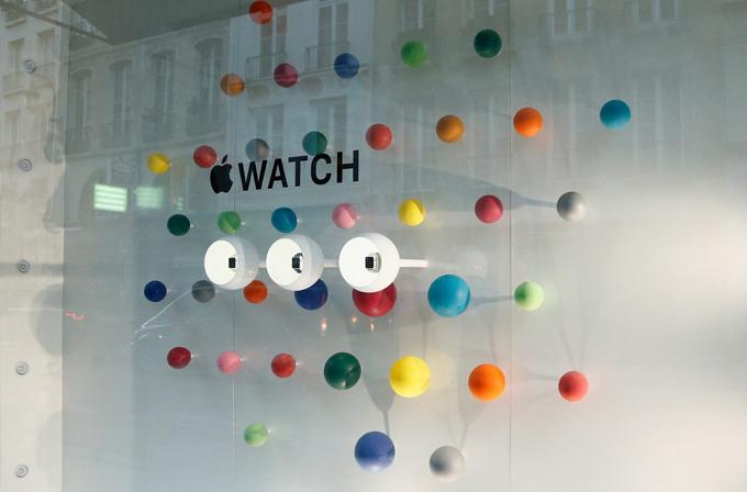 Apple Watch bir günlüğüne Paris'te halkla tanışacak