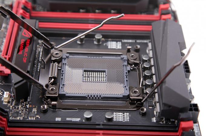 ASUS X99 soketleri Intel'in yeni nesil işlemcisi Haswell-E'nin garantisini bozuyor mu?