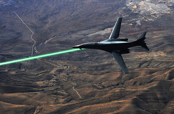 Amerika uçaklarda lazer silahlarını deniyor