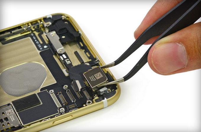 iFixit ekibi yeni iPhone 6 modellerinin içini açtı