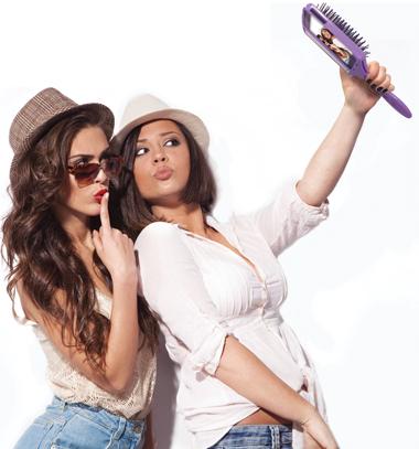 selfieGirls