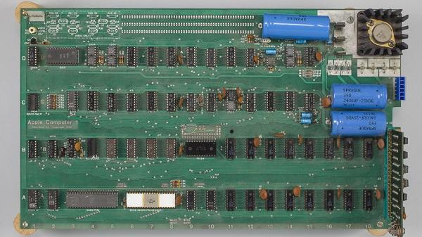 400,000 dolara Apple I bilgisayar