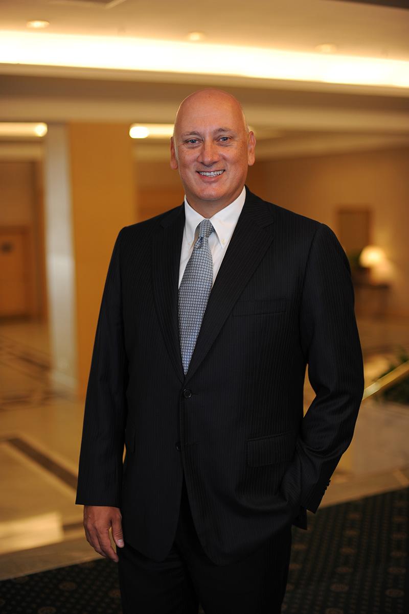 Global Telecoms Business dergisi, 2014 yılında teknoloji ve telekomünikasyon alanında dünyanın en güçlü 100 ismini belirledi. Türkiye'den listeye giren tek isim Turkcell Genel Müdürü Süreyya Ciliv oldu.