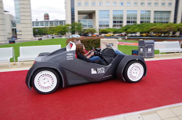 Dünyanın 3D yazıcı ile yapılan ilk otomobili; Strati