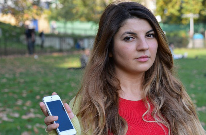 Türkiye'de tatil yapan İngiliz turist kıza 12,000£'luk telefon faturası geldi