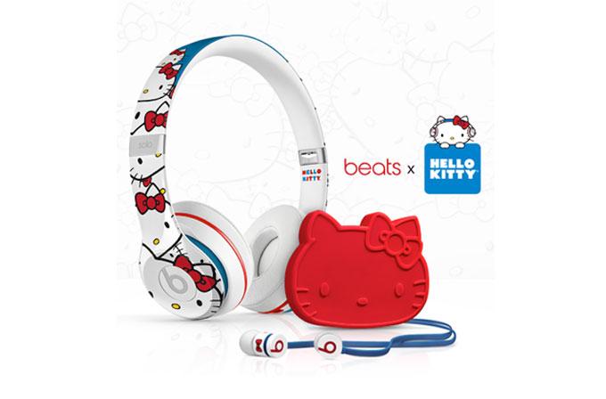 "Beats by Dre'den ""Hello Kitty"" temalı özel kulaklıklar"