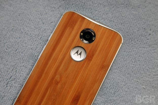 Motorola'dan yeni telefon Droid Turbo