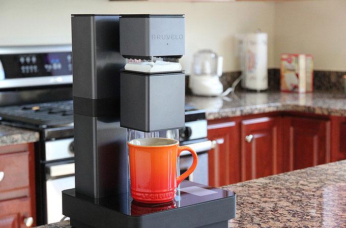 Video: Akıllı kahve makinesi BRUVELO ile kendinize özel kahveler yapın