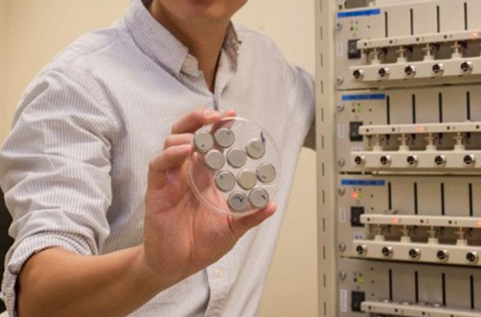 Geliştirilen yeni batarya 2 dakikada yüzde 70 oranında şarj edilebiliyor