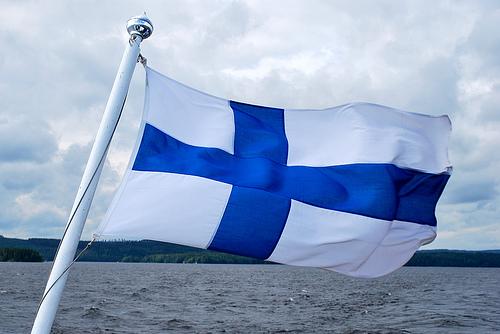 Apple, Finlandiya'nın iki endüstrisini bitirdi!