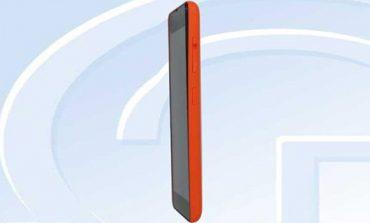 Lumia RM-1090 Microsoft markası ile kendisini gösterdi