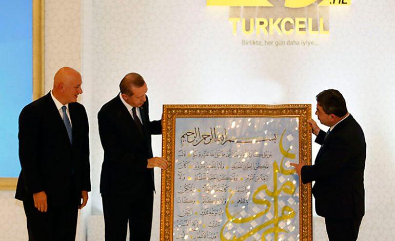 Devletin zirvesi Turkcell'in 20. yıl resepsiyonunda buluştu