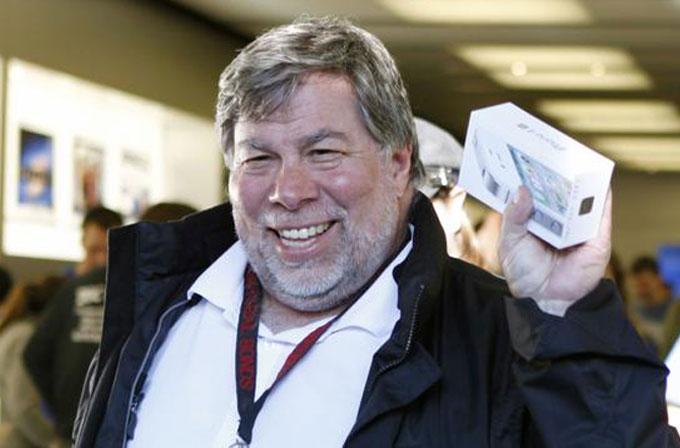 """Steve Wozniak: """"Apple büyük ekranlı iPhone'u üç yıl önce yapmalıydı"""""""