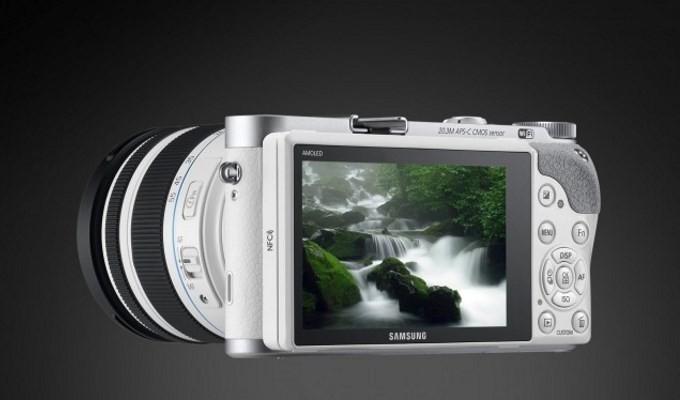 Samsung'dan Tizen'li yeni bir kamera: NX500