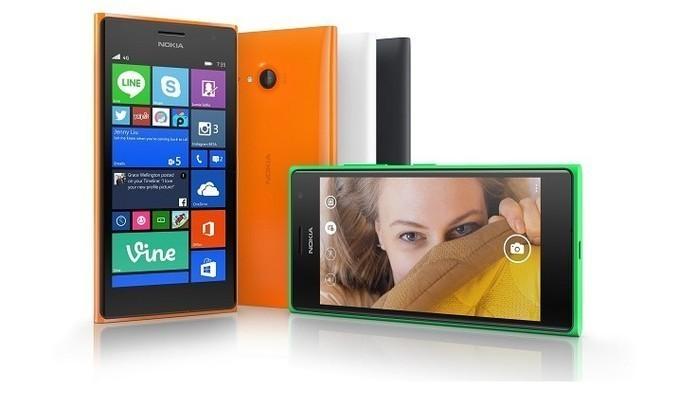Lumia 735 bir anda ortadan kayboldu!