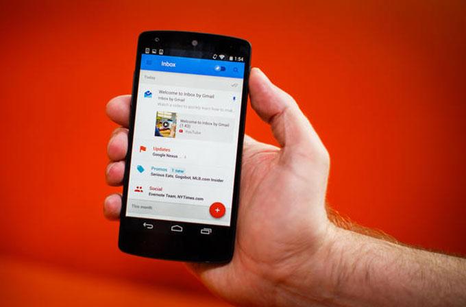 Google, Inbox sahiplerine 10 adet davetiye tanımladı