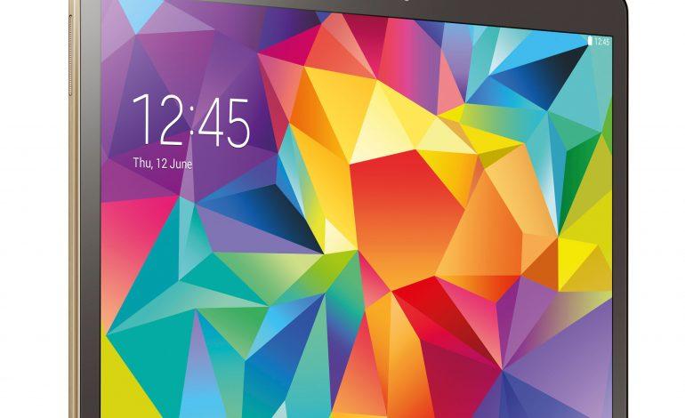 Samsung'un yeni Tableti Tab S2, Apple'ın iPad Air 2'sinden daha ince olacak!
