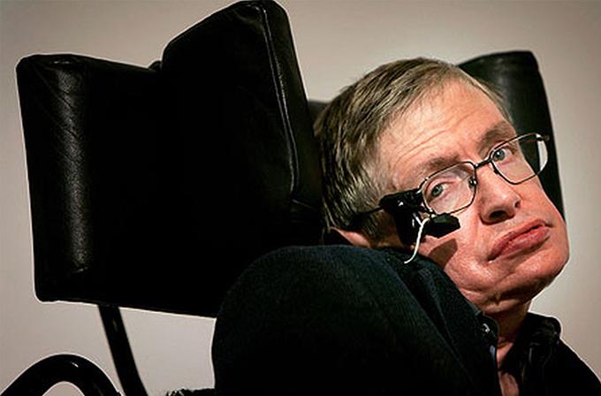 Hawking de yapay zekanın insanlık için tehlikesinden endişeli