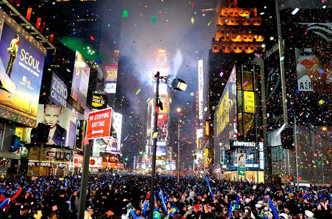 Galeri: Dünyanın her yerinden geçtiğimiz yılın yılbaşı kutlamaları