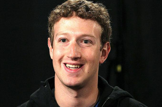 Mark Zuckerberg, 2015 hedefi için yardım istiyor