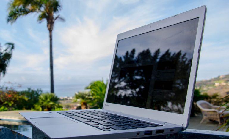 Toshiba'dan beklenen Chromebook 2 geldi