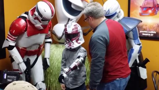boy-gets-a-3d-printed-star-wars-clone-trooper-prosthetic-arm