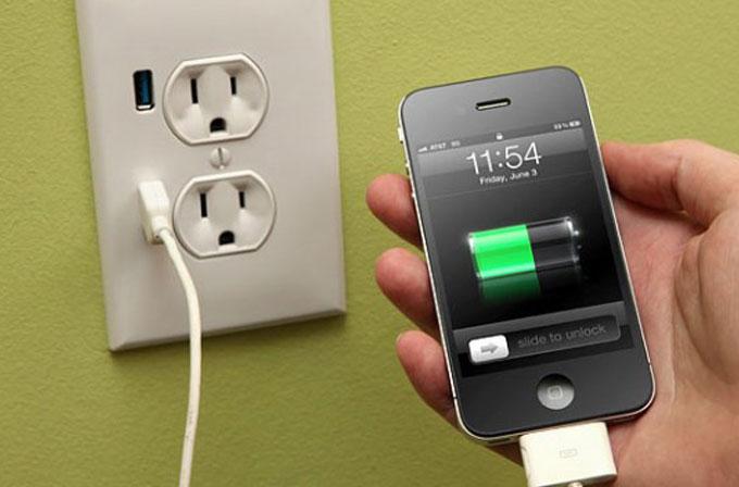 Akıllı telefonunuzu gece şarjda bırakmak ne kadara mâl oluyor?