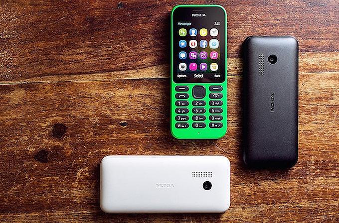 29 dolara akıllı telefon: Microsoft Nokia 215