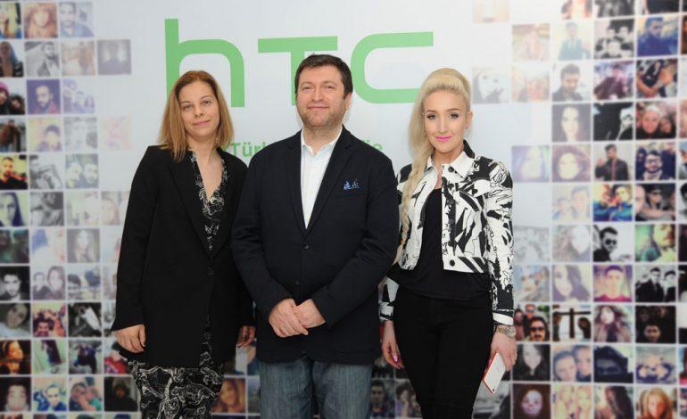 HTC, Türkiye'nin 'selfie'sini çekti!
