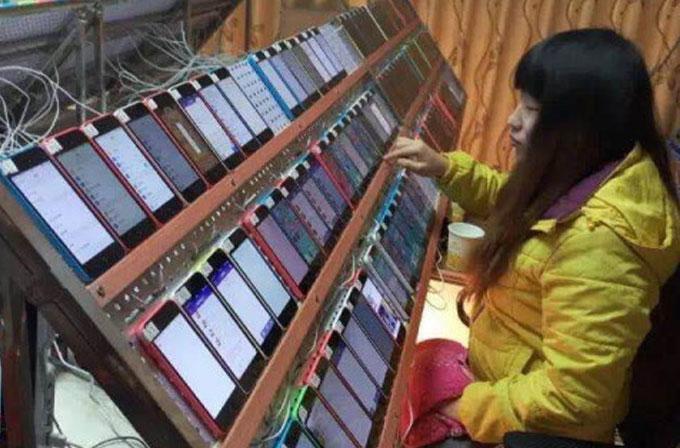 Çin'de App Store uygulamalarını manipüle etmek için insanlar çalışıyor