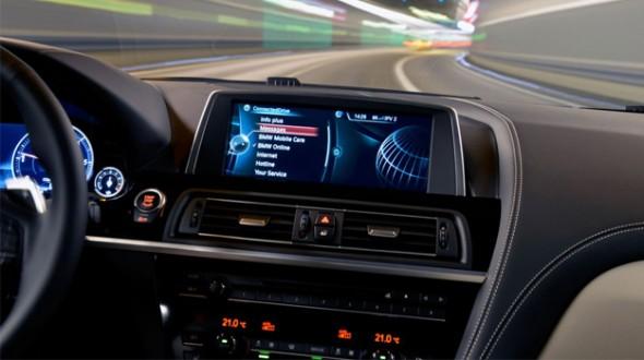 BMW'den 2.2 milyon aracı ilgilendiren yama geldi