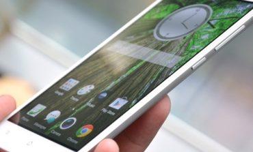 Parlak Oppo R5, sevgililer gününde iPhone 6'ya savaş açıyor