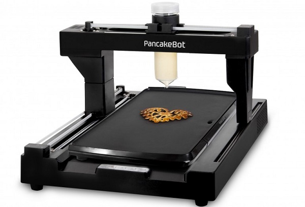 Dilediğiniz şekilde pancake yapmak için huzurlarınızda; PancakeBot! (Video)