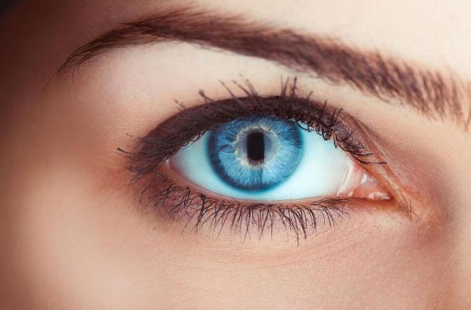 5.000 dolarınız varsa, artık siz de mavi gözlü olabilirsiniz