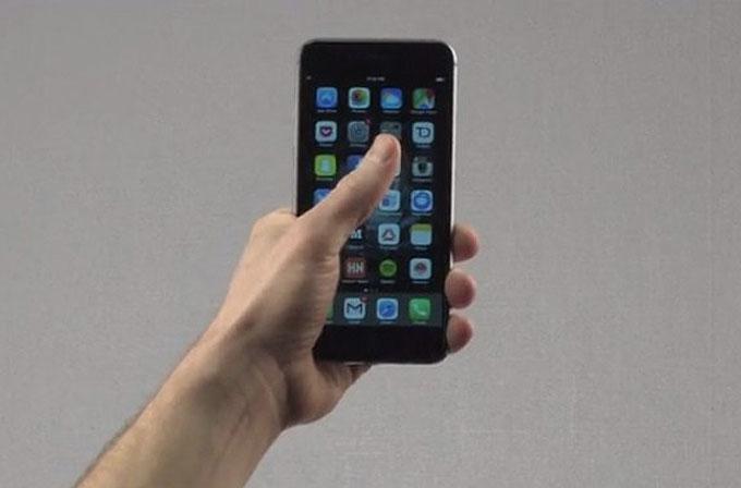 iPhone'u rahatça tek elle kullanmanızı sağlayan kılıf