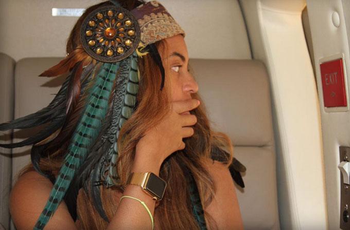 Beyonce altın kayışlı Apple Watch ile görüntülendi