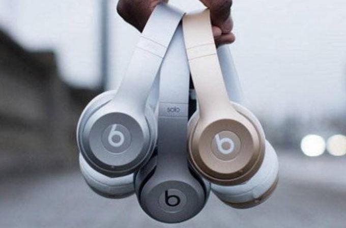 Beats kulaklıklara iPhone renkleri geldi