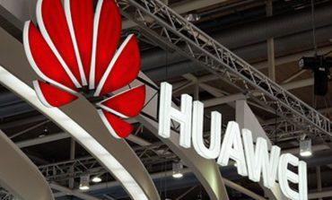 Huawei'den de bir kavisli ekrana sahip telefon geliyor