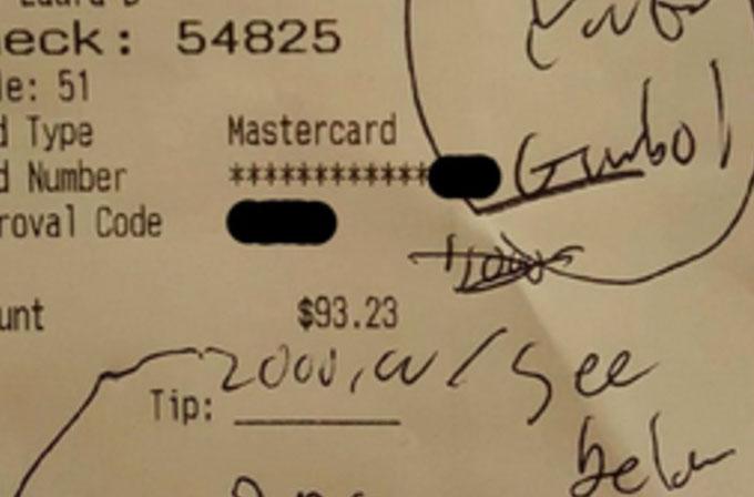Memnuniyetini 2.000 dolarlık bahşişle gösterdi